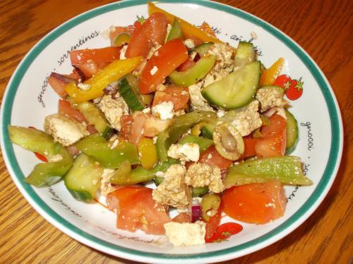 salade repas la grecque de manger avec mo passion recettes. Black Bedroom Furniture Sets. Home Design Ideas